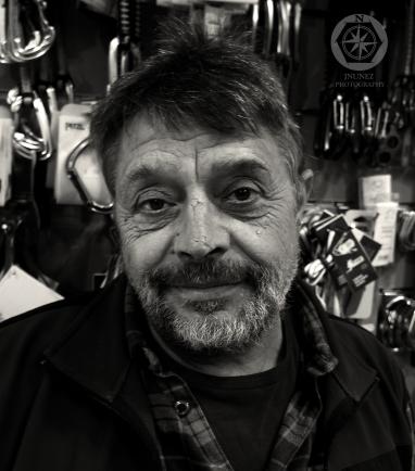 Tienda de escalada Ramón Portilla.