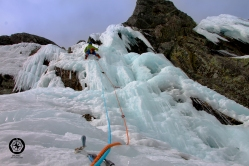 Escalada Icemal circo la nava.