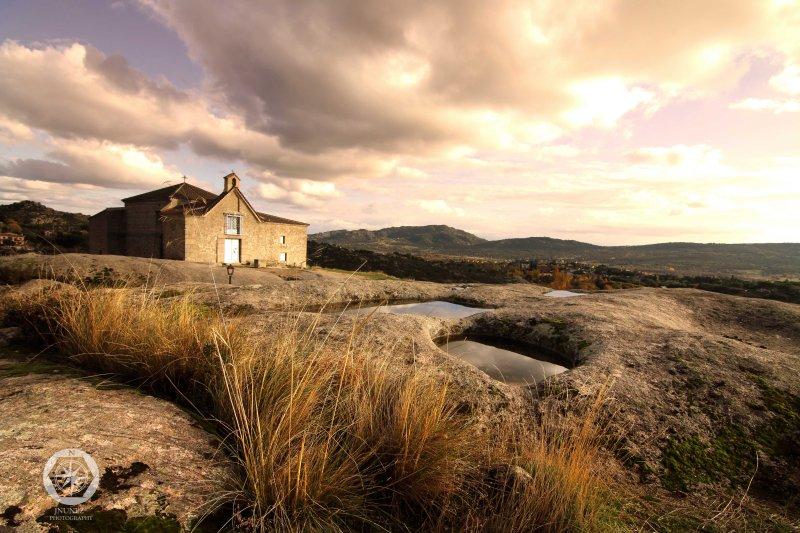 Ermita Peña Sacra del Tranco de La Pedriza.